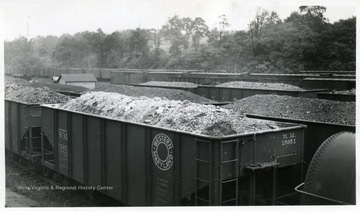 Filled train cars of the Western Maryland Train Co.