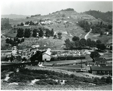 Scenic view of Consolidated Coal Company's Mine No. 32.
