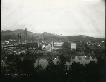 View of the Hazel Atlas Glass Company from across the river at Grafton, W. Va.