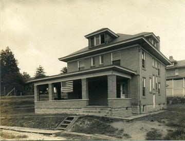 'Highland Club.  Became Kappa Sigma house, corner of S. High Street and Simpson Street.'