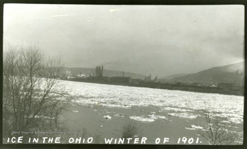 A view of the icy Ohio River in Winter of 1901.