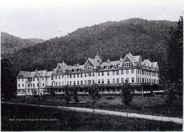 The hotel manager at the time of the picture was George A. Hechmer.