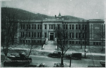 This was the second building constructed to serve as Hinton High School.
